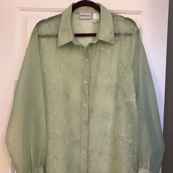 Alfred Dunner Tops - Alfred Dunner sheer blouse size 20 lime green